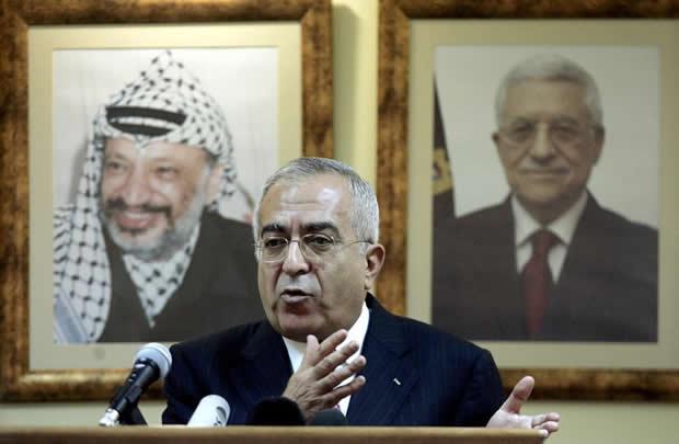 « Les dirigeants palestiniens font semblant de négocier » Par Michel Garroté