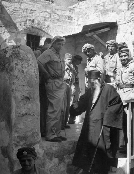 1948-a_-rabbi-sepharade-tentant-de-negocier-la-reddition-des-juifs-de-jerusalem_-juin-48