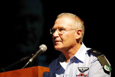 Israël : la guerre à 5 fronts ?