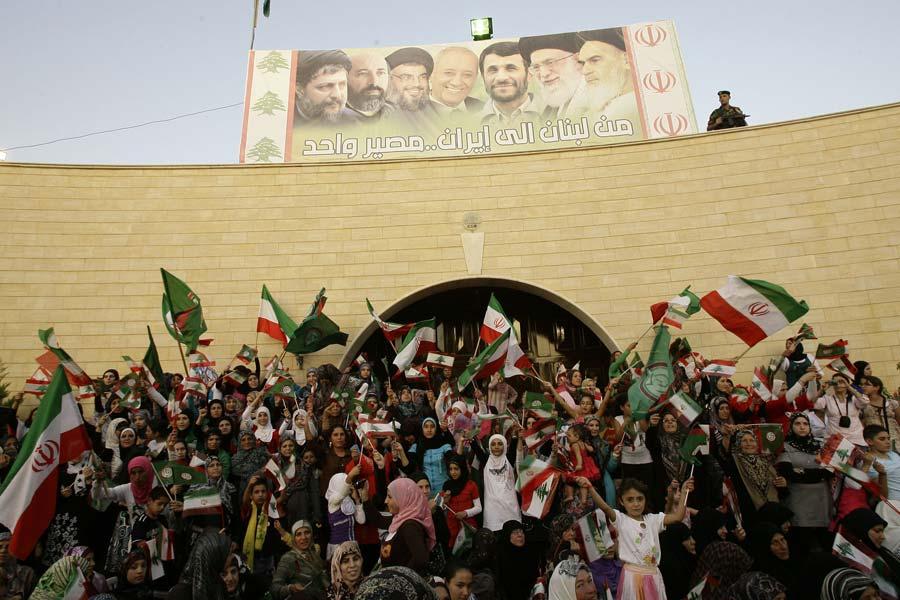 A 4 km d'Israël, Ahmadinejad prédit la «disparition des sionistes»
