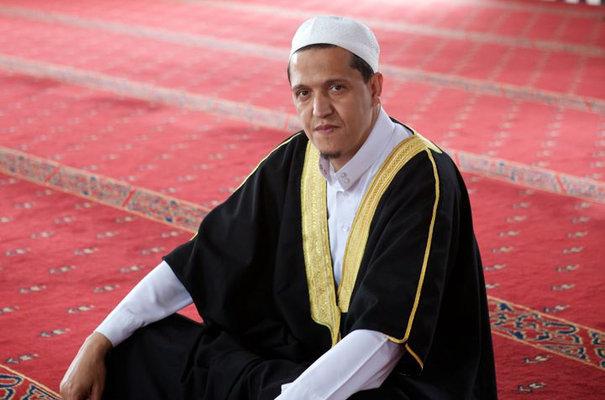 «Formons des imams français» par Hassen Chalghoumi, l'imam «républicain» de Drancy