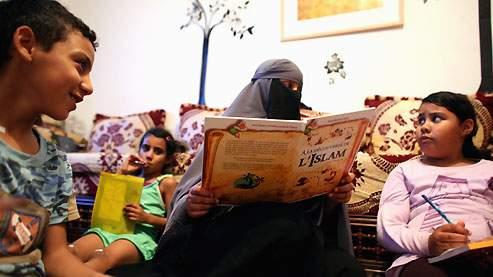 Rapport du Haut Conseil à l'intégration : Education, désintégration, islamisation
