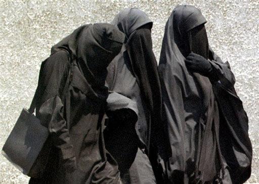 Bruxelles : un tribunal autorise la burqa en rue
