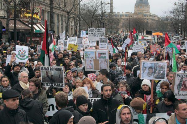 A Paris, de drôles de démocrates défilent pour l'Egypte – par Ivan Rioufol