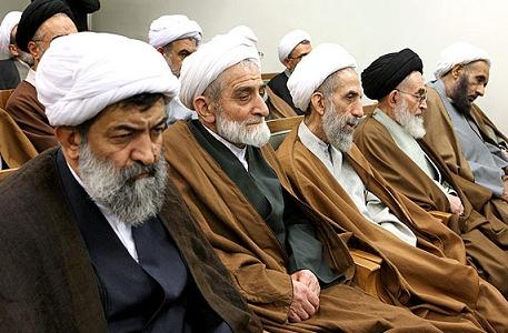 Iran : les mollahs organisent une manifestation de «haine»