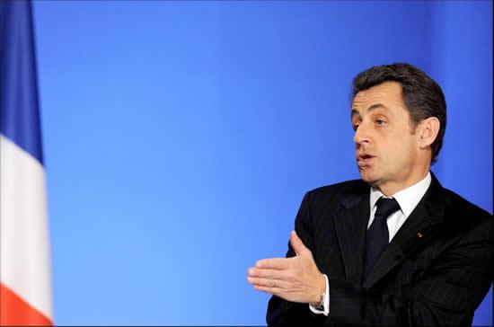 France : Sarkozy veut un débat sur le multiculturalisme et l'islam.