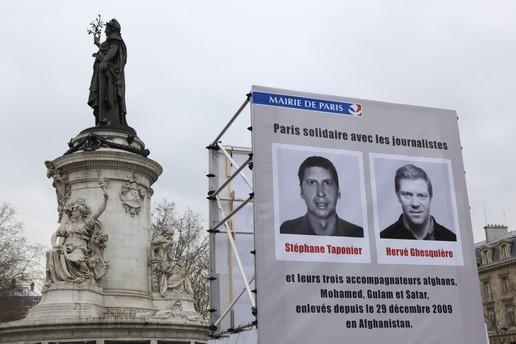 La Mairie de Paris a discriminé en faveur de deux journalistes français otages par Véronique Chemla
