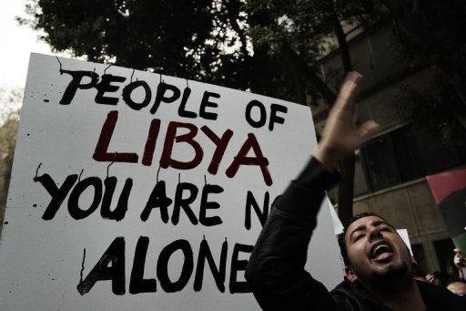 Kadhafi aurait quitté la Libye avec sa famille !