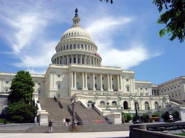 Le Congrès arrêtera l'aide américaine si l'AP fusionne avec le Hamas