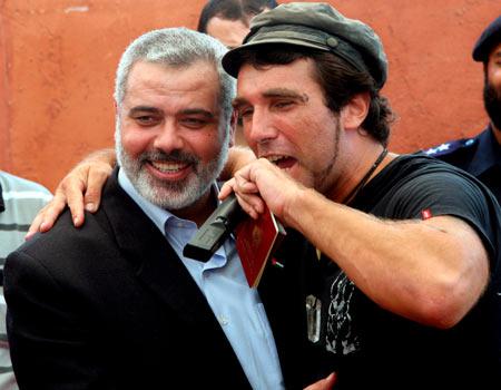 Des barbares palestiniens assassinent leur otage ant-israélien Vittorio Arrigoni