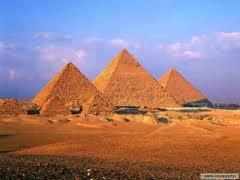 Un surveillant égyptien vient d'être abattu aujourd'hui par un extrémiste juif du nom de Moïse