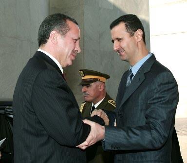 La Turquie laisse tomber Assad, suspend sa participation à la flottille pour Gaza.