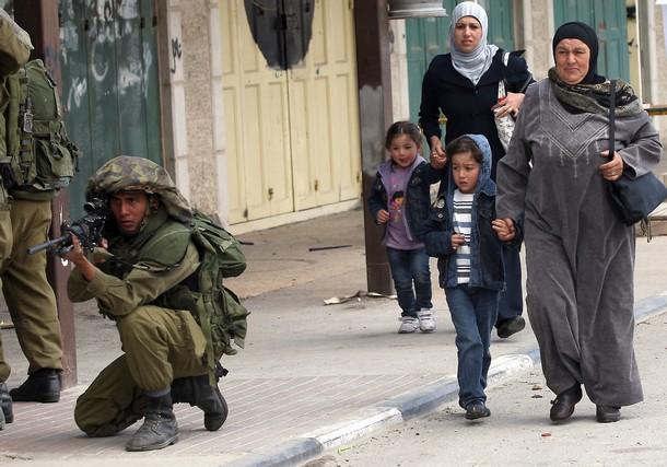 Vidéo et reportage photo de la tentative d'invasion arabe – 15 Mai 2011