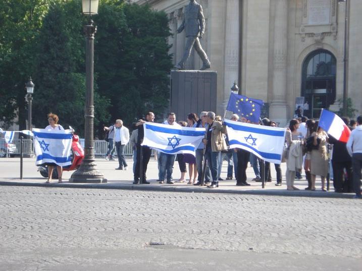 Europe Israël sur les Champs Elysées pour soutenir la visite de Benjamin Netanyahu