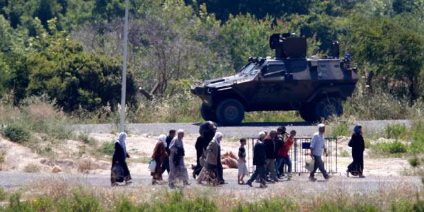 La Turquie fait savoir à l'Occident qu'elle pourrait lancer une offensive contre la Syrie.