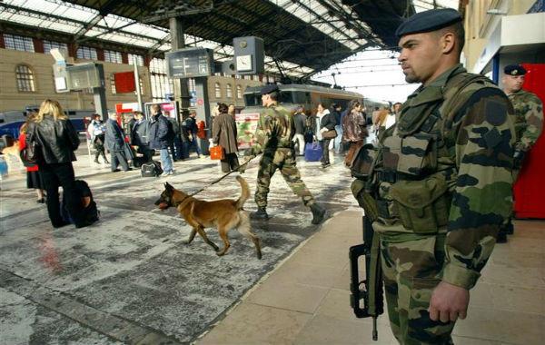 Renseignements: La menace terroriste en France à l'Automne 2011