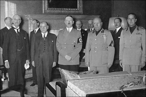 Lâches avec Hitler, lâches avec les islamistes