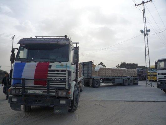 Blocus de Gaza : le premier convoi de matériaux pour le Centre Culturel Français, est entré à Gaza  – cadeau d'1 millions d'€