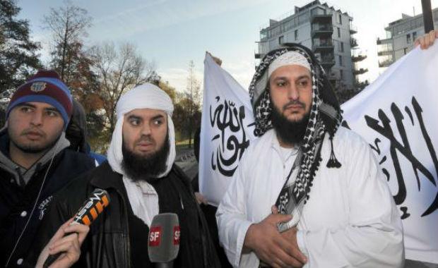 Forsane Alizza n'exclut pas la lutte armée si l'islamophobie s'intensifie
