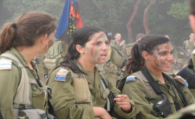 Quand les journalistes français stigmatisent quelques extrémistes religieux en Israël pour mieux cacher la soumission en France d'une partie de la classe politique face aux islamistes…