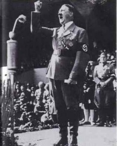 Pourquoi Marine le Pen dansait-elle au bal des néo-nazis à Vienne le jour de célébration de la Shoah ?