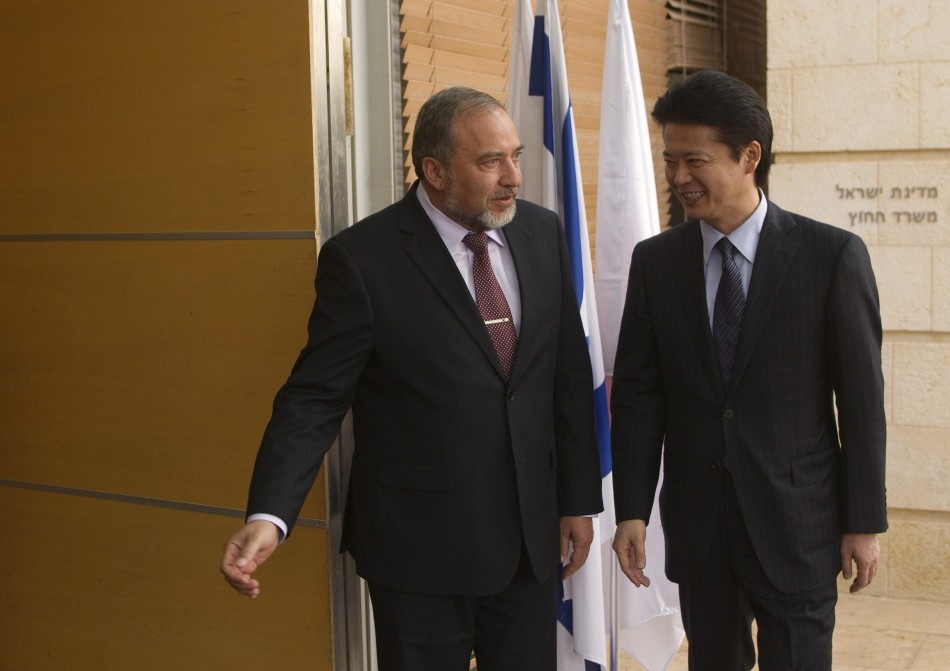 Alors que le Japon invite Israël à la …patience face à l'Iran sur le nucléaire iranien, la France elle, affiche un soutien explicite…