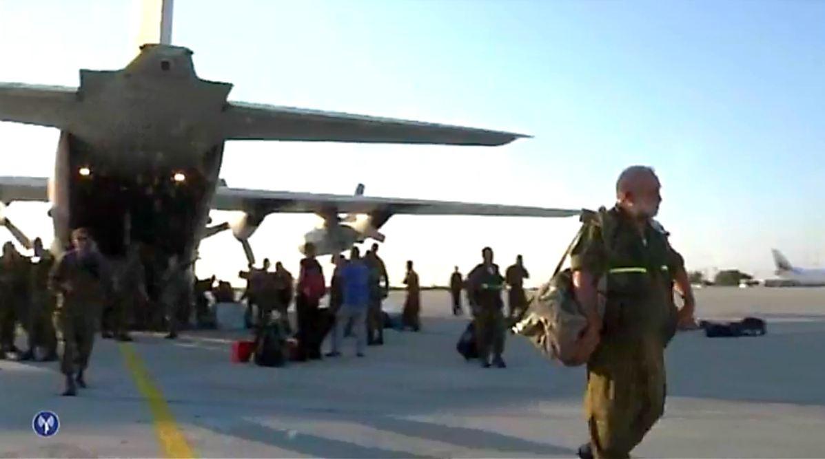Vidéo : les victimes de l'attentat de Bulgarie rapatriées en Israël sous l'escorte de Tsahal