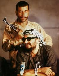 Le réveil macabre d'Arafat et la tragi-comique décision française, par Freddy Eytan