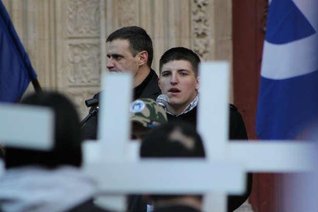 Paris: Après les islamo-fachistes, les nazillons lyonnais défilent à la Concorde