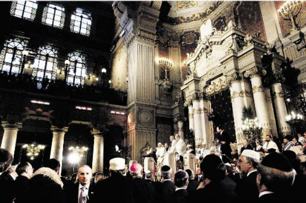Le Grand Rabbin Gilles Bernheim commente la renonciation de Benoît XVI