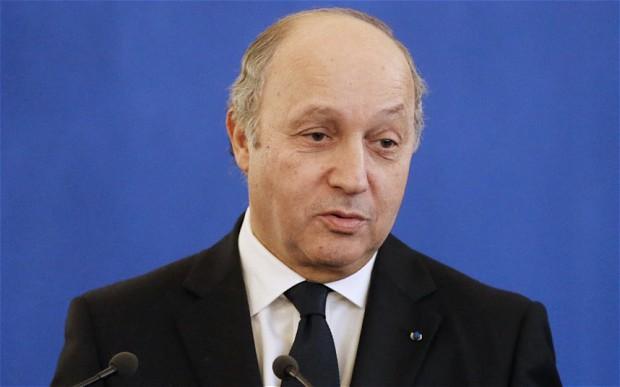 France: diplomatie de dhimmi, la France condamne les raids israéliens sur Damas