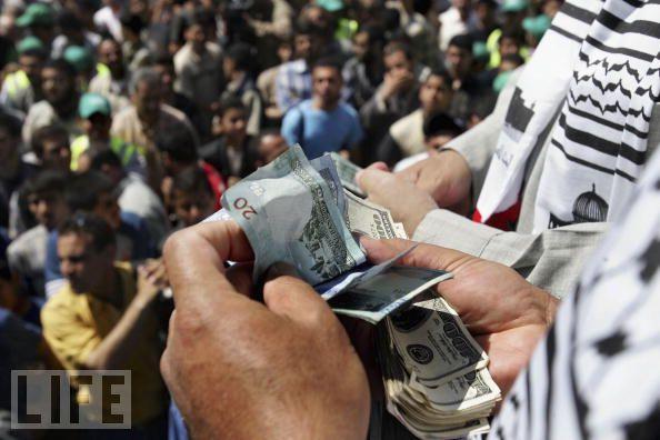 Réfugiés palestiniens : le gouffre financier international