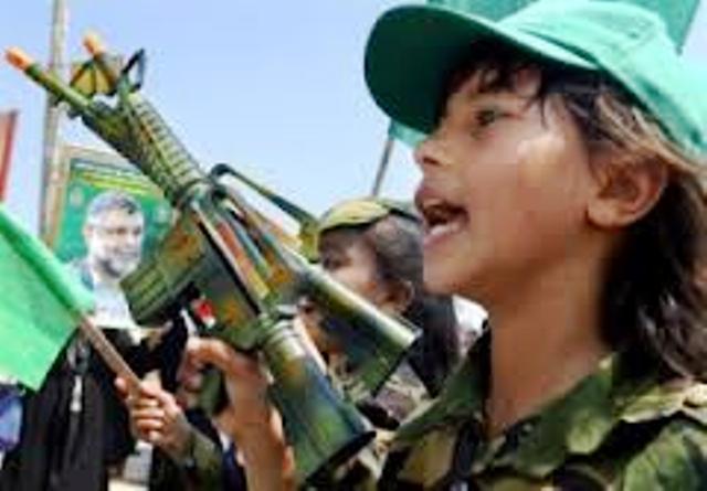 Les enfants palestiniens – bombes – suicide : une militante épouvantée par leur barbarie