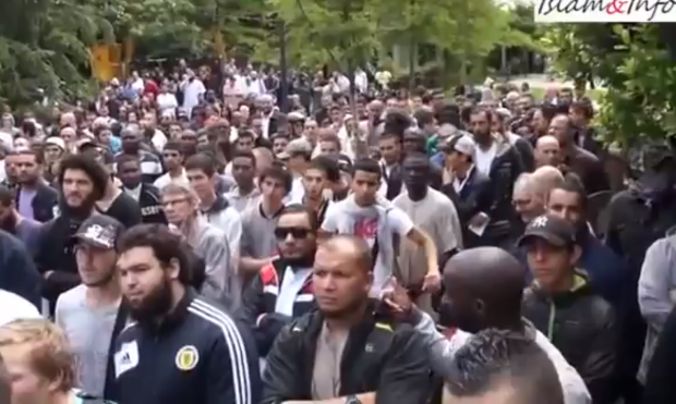 Argenteuil l'objectif: faire entrer le mot «islamophobe» dans la bouche médiatique
