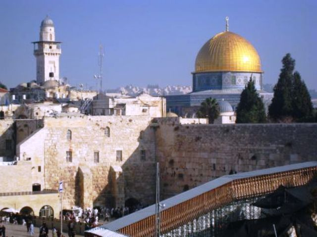 Jérusalem : transformer un conflit politique en guerre de religions
