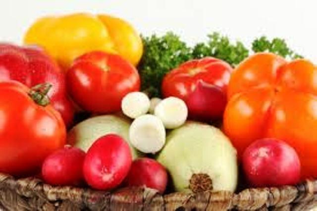 Agro Shelef remplace les pesticides chimiques par des pesticides naturels à base d'huiles végétales