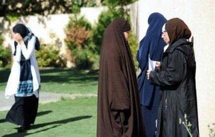 Prostitution Halal pour le retour des Freres Musulmans