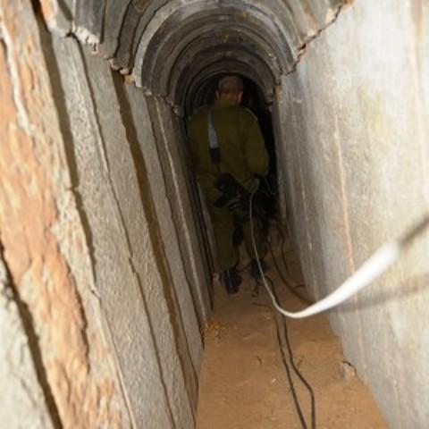 La découverte d'un tunnel pour terroristes à Gaza décrédibilise la thèse d'ONG radicales accusant Israël