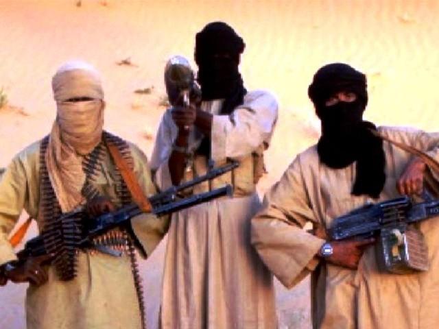 Yémen / vidéo – La mort en directe : l'attaque de l'hôpital militaire de Saana qui a fait 52 morts. Au nom d'Allah!