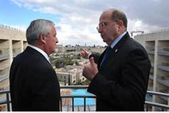 Le Ministre de la Défense, Moshe Ya'alon: Chaque ambassade iranienne dans le monde est une base pour le terrorisme