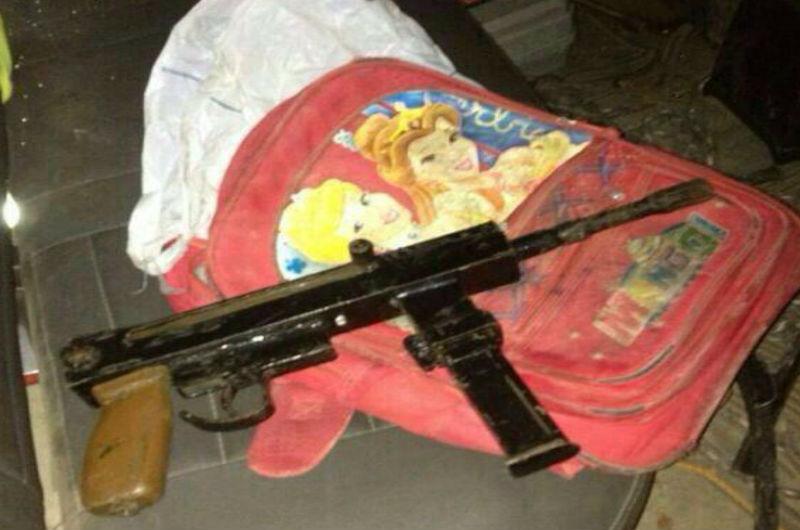 Une arme cachée dans un sac d'enfant : la perversion du terrorisme palestinien