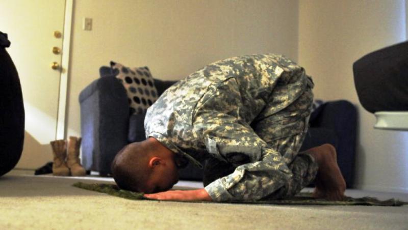 Le Pentagone accepte les «barbus» mais classe les catholiques comme extrémistes au même rang qu'al Qaïda !