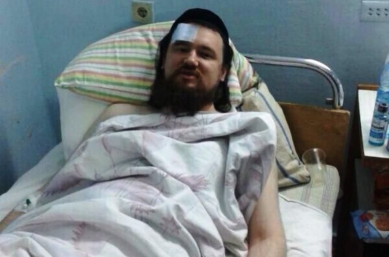 Attaque antisémite en Ukraine : aux cris de «Zhid», Rabbi Cohen, chef de Hatzalah a été poignardé.