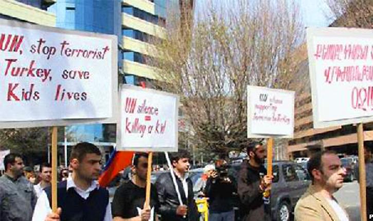 Drame pour les Armeniens de Kessab: comme un aperçu de déjà vu…