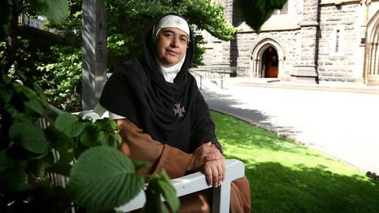 Silence des médias face à la barbarie islamiste: une jeune fille a eu la bouche et l'oeil cousus pour avoir évoqué Jésus