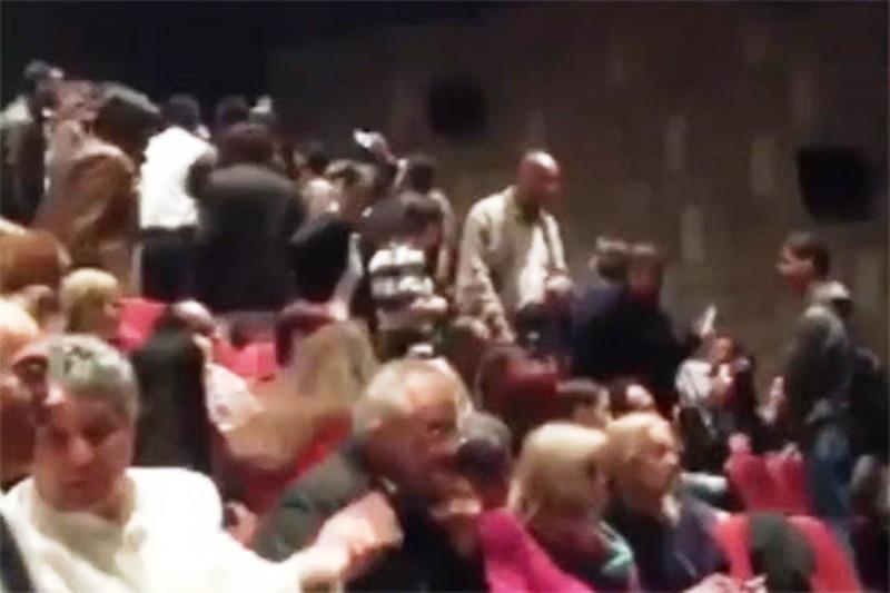 Ramallah : Esclandre du mouvement palestinien «Anti- normalisation » contre une troupe de danseurs indiens.