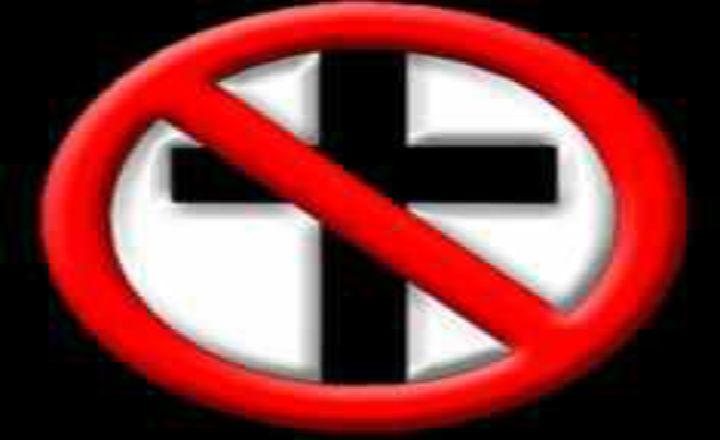Belgique : des musulmans agressent un homme portant une croix