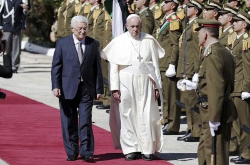 Le Pape François : «Mahmoud Abbas est un homme de Paix»