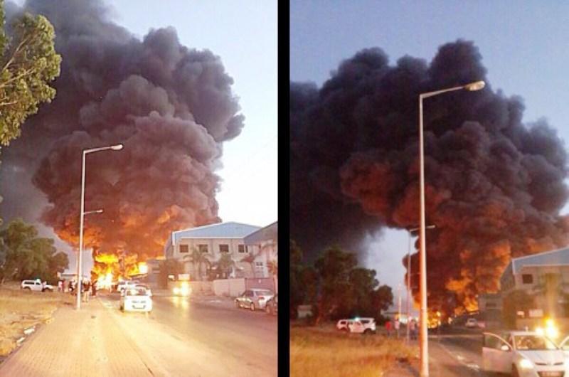 Une roquette tirée depuis Gaza détruit entièrement une usine de Sderot.