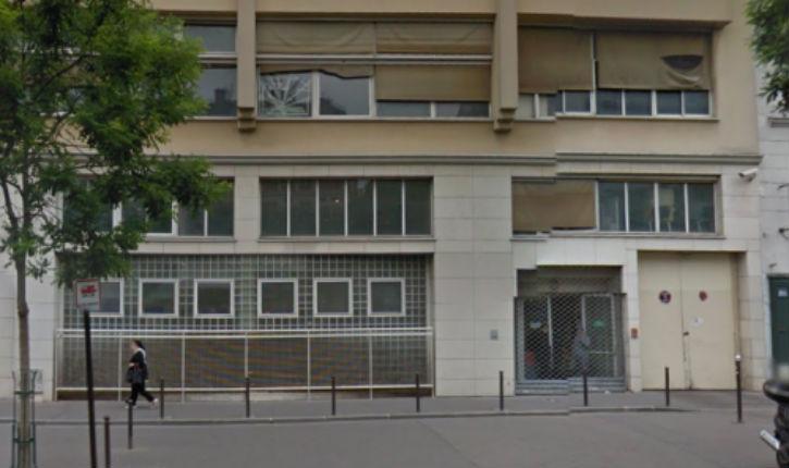 Paris : un papa noir protège les enfants d'une agression dans une crèche juive